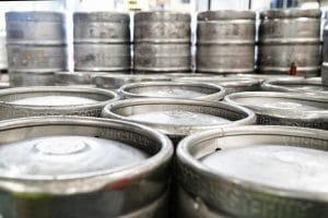 The Beer Game on a Global Scale